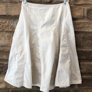 Gap Full Skirt A line paneled fuller swing skirt 1